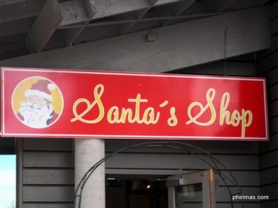 Santa's Shop - irgendwie surreal bei 30°...